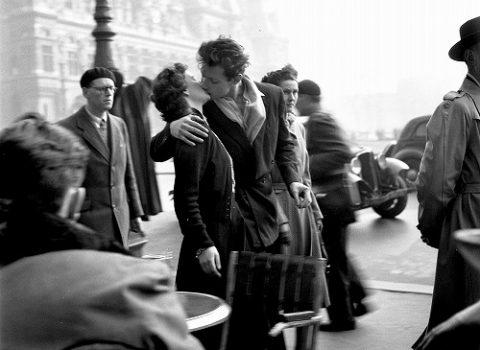 『パリが愛した写真家/ロベール・ドアノー<永遠の3秒> 』